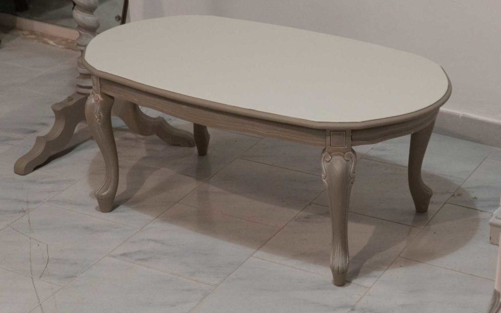 Tavolino chippendale restaurato in stile Shabby Chic ...