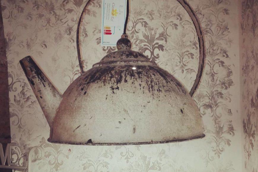 Lampada teiera shabby chic