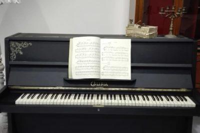 Restyling / Trasformazione di un pianoforte…