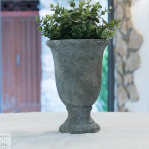 vaso in pietra anticato