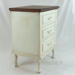 idea comodino shabby chic