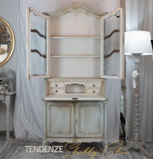 Credenza in stile provenzale tempera antica H 200 cm
