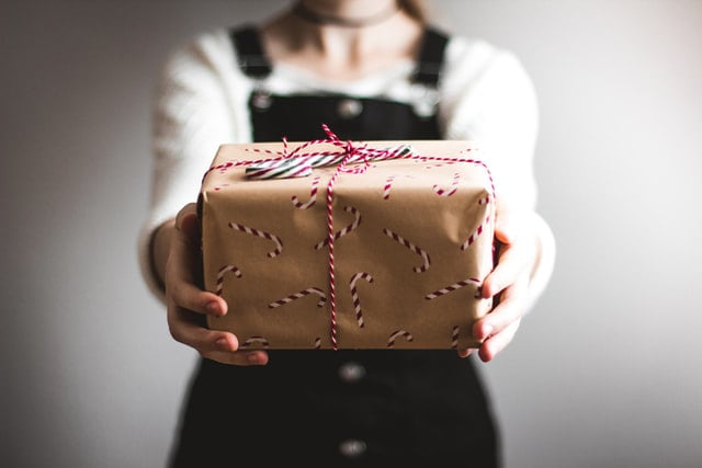 i regali li impacchettiamo noi