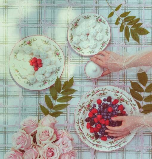 Servizio di piatti con fiori per 6 persone Moss Roses