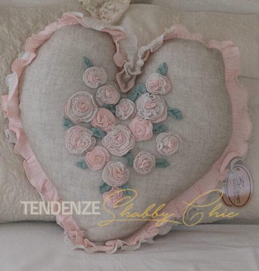 Cuscino a cuore con fiori 45 cm
