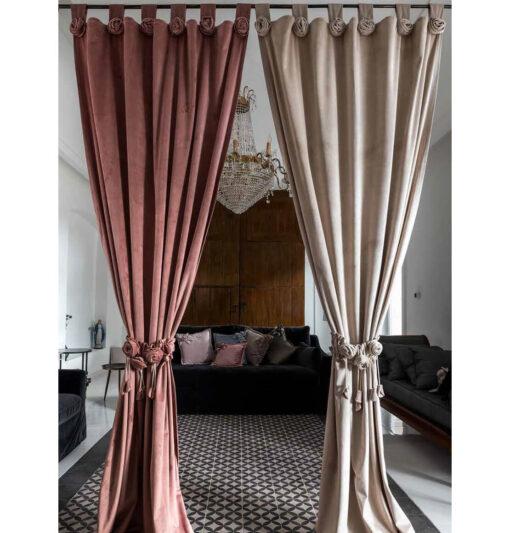 tenda in velluto con rose
